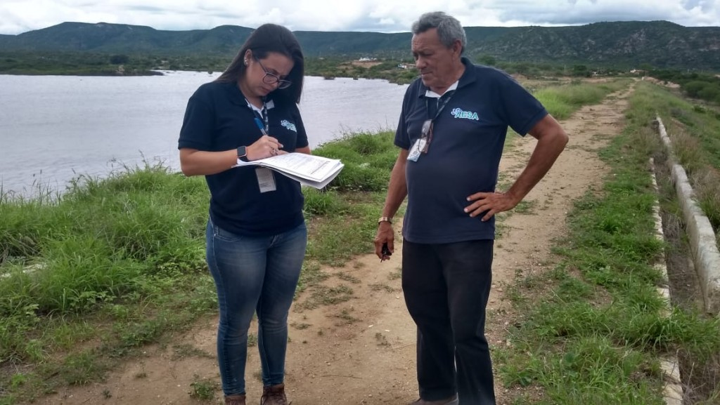 Técnicos da AESA realizaram inspeção na barragem da comunidade Timbaúba