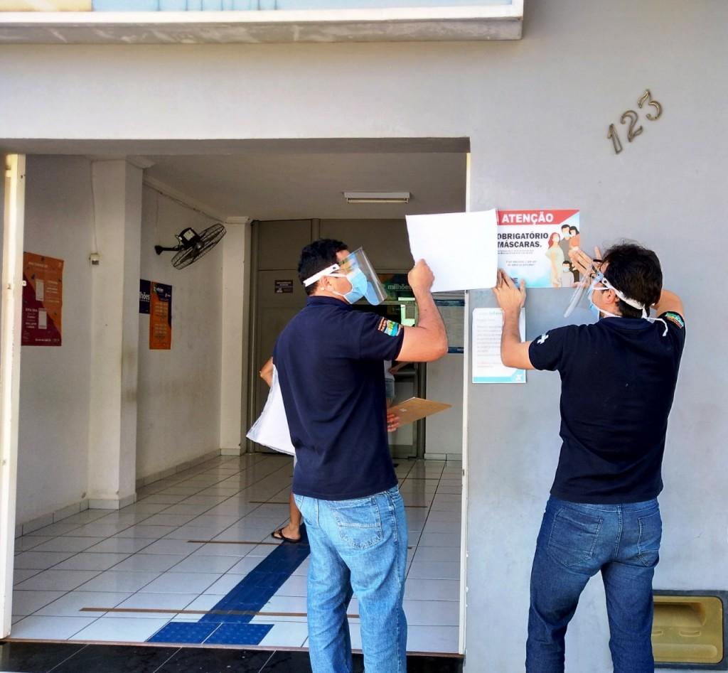 Vigilância sanitária desenvolve ações nos estabelecimentos comerciais consideradas essenciais