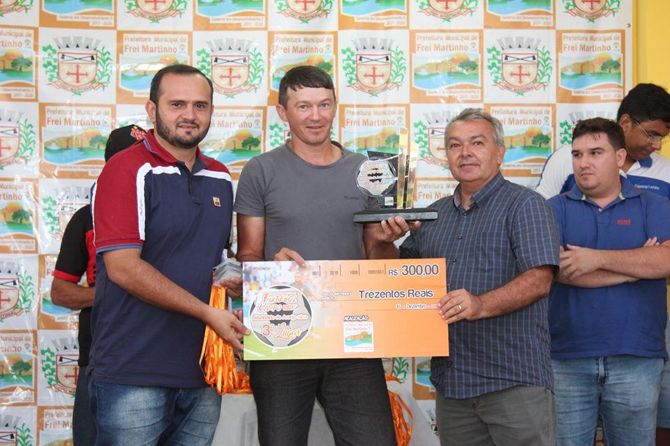 Prefeito Aido esteve prestigiando a partida final do XI Campeonato Municipal de Futebol de Campo de Frei Martinho-PB